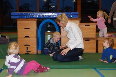 """Das Familienzentrum der Nachbarschaftshilfe Seefeld e.V./ MehrGenerationenHaus sucht für Ihr Angebot """"Spaß mit Bewegung"""" ab Januar 2020 eine Übungsleiterin"""